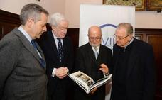 Un libro de Ruiz Carcedo recupera el origen gótico de la Catedral de Burgos