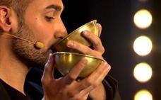 El mago Iván Ojeda, este viernes en el Foro Solidario