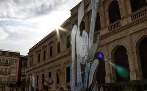 Los personajes del Guernica reviven en las calles de Burgos
