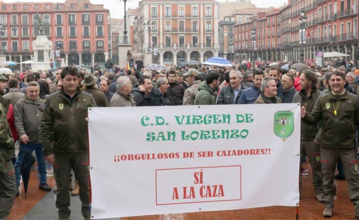 Concentración de cazadores en Valladolid