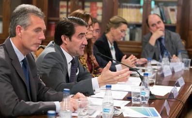 Suárez-Quiñones sobre el lobo: «No conseguimos atajar el problema»