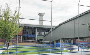 Un interno de la prisión de Topas prende fuego a su celda