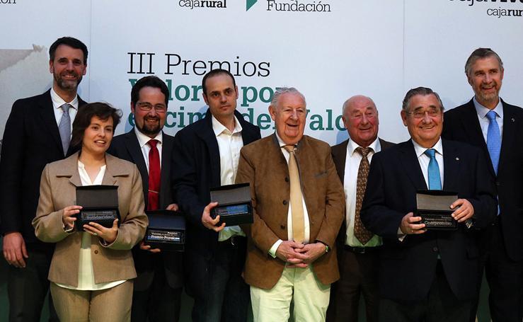 III Premios Valores por Encima del Valor