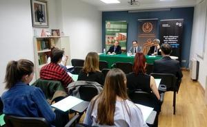 El Colegio de Graduados Sociales premiará los mejores trabajos Fin de Grado