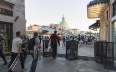 Polémica en Venecia por los tornos que restringen la entrada de turistas