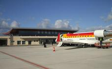 Podemos rechaza el contrato con Air Nostrum por «sacar dinero de la ciudad en lugar de atraerlo»