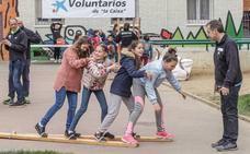 Los voluntarios de 'la Caixa' en Burgos celebran una jornada festiva con 200 niños en situación de vulnerabilidad