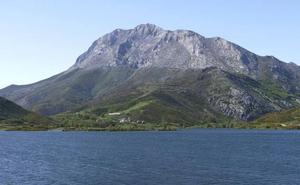Fallece un montañero burgalés en el Pico Espigüete cuando hacía esquí de travesía
