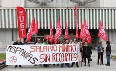 UGT exige a Aspanias el pago íntegro del SMI a sus trabajadores con discapacidad