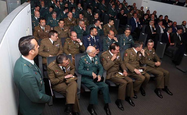 Acto de celebración del 174 aniversario de la fundación de la Guardia Civil