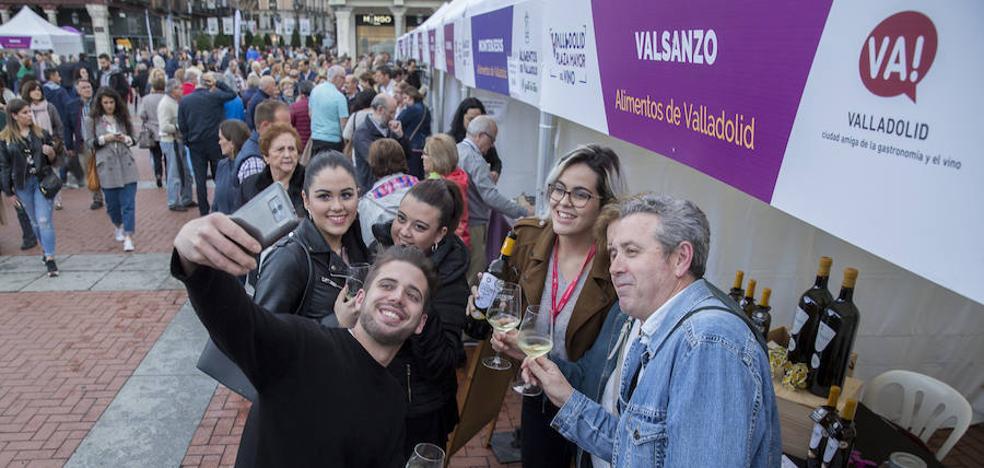 El público respalda con una elevada afluencia 'Valladolid, Plaza Mayor del Vino'