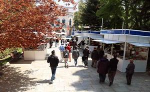 La Feria del Libro de Burgos abre sus puertas con 14 casetas en el Paseo del Espolón
