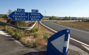 Tudanca no ve otra posibilidad que la liberalización de la AP-1 y pide que se agilice el traspaso del tráfico pesado