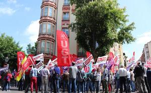 Los sindicatos dan un toque de atención a la patronal