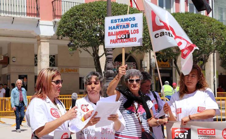 Concentración de las trabajadoras del Servicio de Ayuda a Domicilio