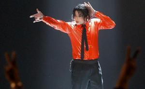 ¿Cómo se podía inclinar 45 grados Michael Jackson?