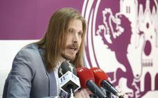 Podemos reprocha a Herrera su ausencia al Pleno de las Cortes por asistir a la visita del Rey