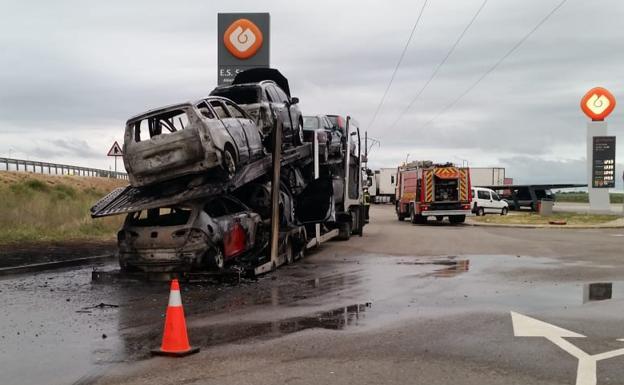 Estado en el que ha quedado el camión./BC
