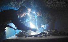 Personal de la OTAN participa en un curso piloto en el acuartelamiento Diego Porcelos
