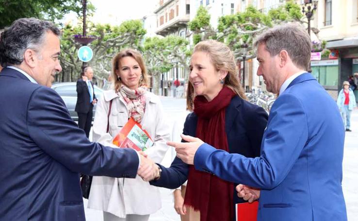 En imágenes la visita de la infanta Elena a Burgos