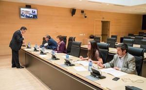 La comisión de investigación del HUBU se cierra con polémica