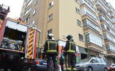 Incendio sin graves consecuencias en una vivienda de Lavaderos