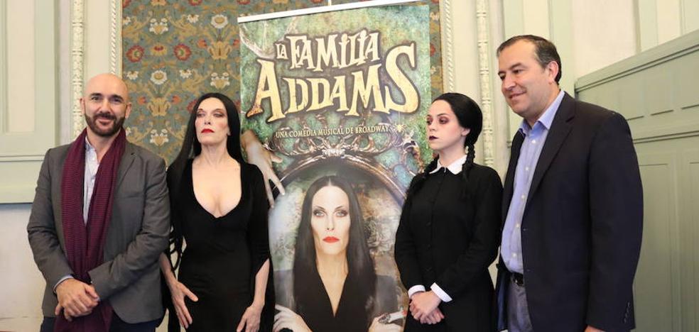 La Familia Addams visita Burgos por San Pedro