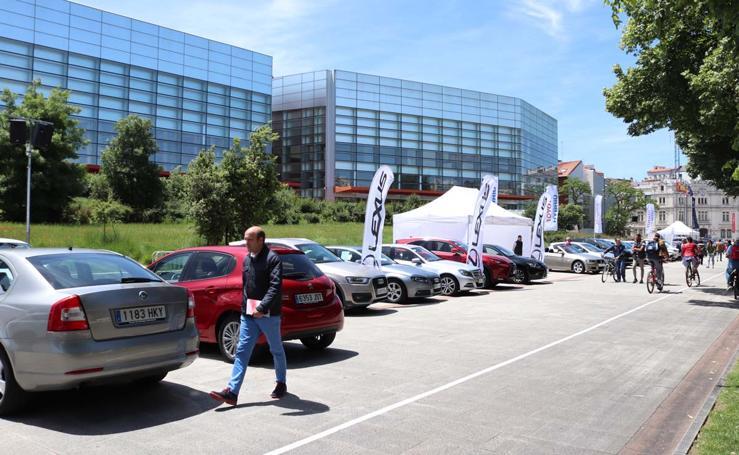 La Feria del Automovil aparca en el paseo Sierra de Atapuerca