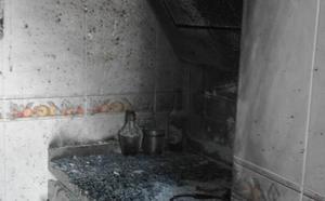 Tres jóvenes heridos por una explosión en la cocina de un piso en Valladolid