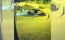 Investigan a un grupo de aluniceros que robó en la tienda de Movistar del Camino de la Plata