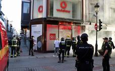 El humo ha inundado la tienda de Vodafone