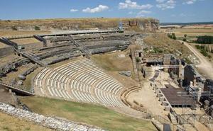 La Junta y la Diputación destinan más de un millón de euros a la restauración del teatro de Clunia