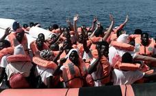 Salvini pide a España que se haga cargo de la «carga de carne humana» de otro barco de inmigrantes