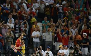 Diez años desde que La Roja mutó a campeona