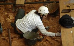 Dos catas en nuevos yacimientos protagonizan la campaña de verano en Atapuerca