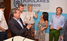 Rico elude hablar de favoritos en las primarias del PP, pero destaca el peso de Castilla y León en el partido