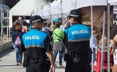 La Policía Local reforzará turnos para vigiliar las calles durante los Sampedros