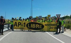 Un centenar de personas corta la N-I para reivindicar mejoras en la AP-1 tras su liberalización