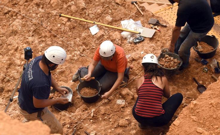 La campaña de excavaciones en Atapuerca ya está a pleno rendimiento