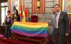 El Ayuntamiento celebra el Día del Orgullo LGTBI