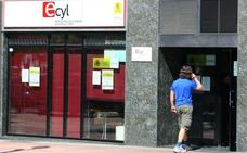 El desempleo baja en 8.781 personas en junio y deja la cifra 141.643 en Castilla y León