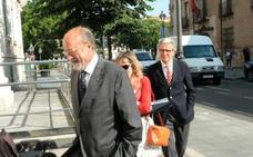 La Fiscalía mantiene los 9 años de cárcel y 33 de inhabilitación para León de la Riva