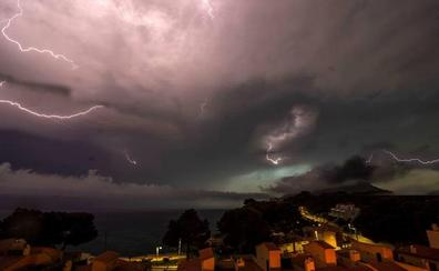 Protección Civil alerta por lluvias y tormentas a Castilla y León