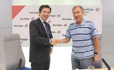 Ibercaja patrocina al Club Atletismo Capiscol por undécimo año consecutivo
