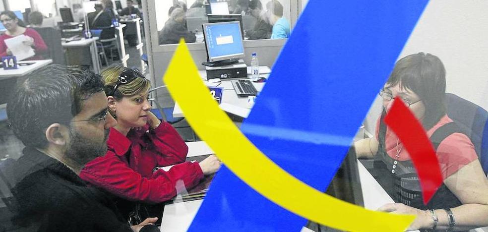 Los contribuyentes más adinerados aumentan en Castilla y León 10 veces más que en España