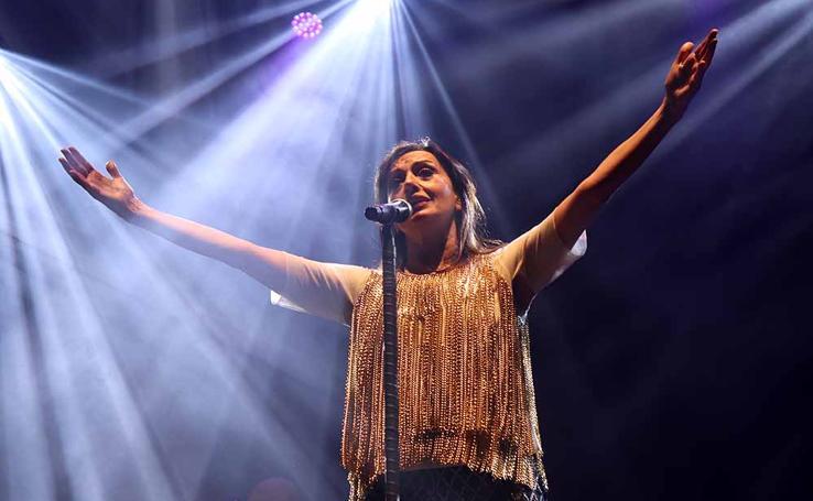 Luz Casal ilumina la noche burgalesa