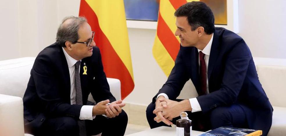 El Gobierno ve en la cita con Torra el primer paso hacia la «normalización»