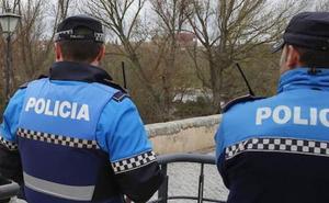 Las plazas de vigilante municipal de Melgar y Salas pasan a ser de policía local