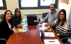 Tres alumnas de la UBU ayudarán a la educación de los niños de India
