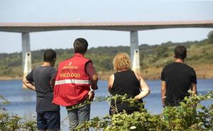 La Guardia Civil investiga si el hombre desaparecido en la presa salmantina de Irueña hacía 'puenting'